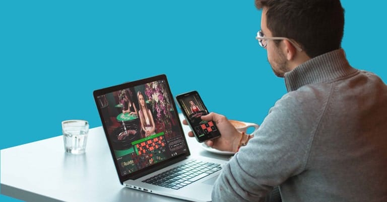 live casino on mobile and laptop